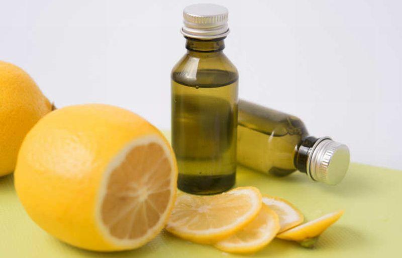 https: img.okezone.com content 2018 06 05 481 1907031 serum-vitamin-c-mampu-percantik-kulit-wajah-coba-buat-sendiri-deh-uGHEIGHVcI.jpg