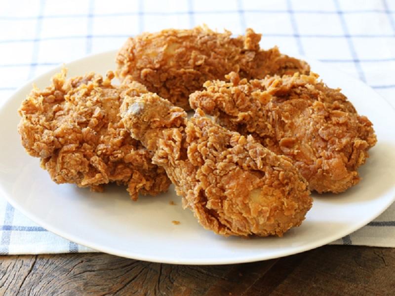 https: img.okezone.com content 2018 06 12 298 1909656 kabar-baik-buat-vegan-restoran-cepat-saji-ini-akan-luncurkan-ayam-goreng-vegetarian-vxvshAYS4c.jpg