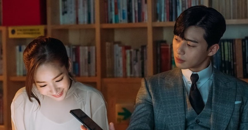 https: img.okezone.com content 2018 06 13 598 1909883 park-seo-joon-dan-park-min-young-mesra-bareng-di-perpustakaan-gmV9Hbk0vZ.jpg