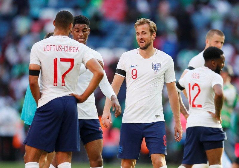 Gerrard: Para Pemain Timnas Inggris Harus Mampu Kendalikan Tekanan : Okezone Bola