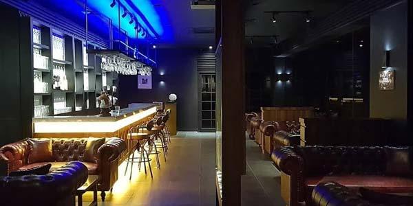 https: img.okezone.com content 2018 06 26 298 1914164 bikin-grogi-makan-di-restoran-ini-bakal-ditemani-model-model-cantik-loh-32O4Phx0Oj.jpg