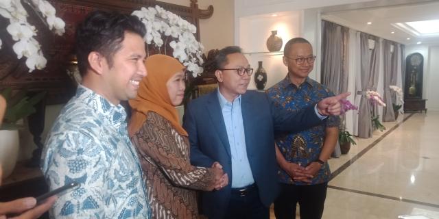 Khofifah-Emil Dardak Berkunjung ke Rumah Ketum PAN Zulkifli Hasan