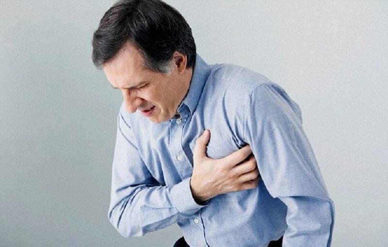 https: img.okezone.com content 2018 07 12 481 1921626 pasien-sakit-ginjal-memiliki-risiko-lebih-tinggi-terkena-serangan-jantung-JXBCFJFmI0.jpg