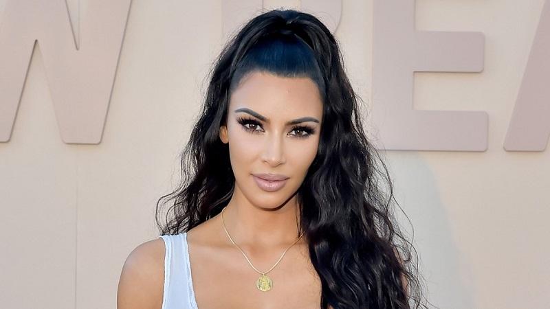 https: img.okezone.com content 2018 07 14 194 1922265 rahasia-kim-kardashian-punya-miss-v-tetap-rapat-dan-menggigit-8X4O7BLDTw.jpg