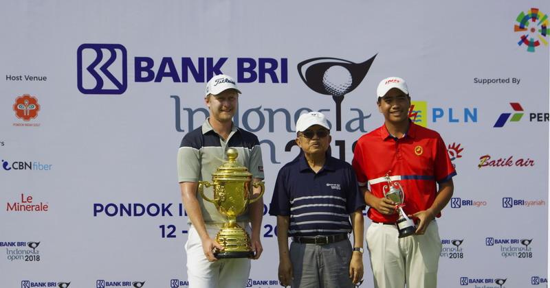 https: img.okezone.com content 2018 07 15 43 1922666 justin-harding-jawara-golf-indonesia-open-2018-m0fVuqX6QC.jpg