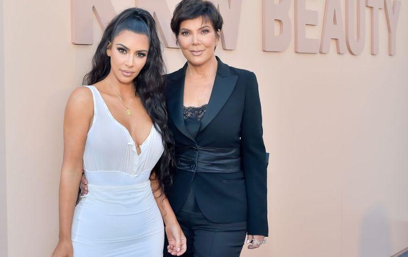 https: img.okezone.com content 2018 07 16 194 1922872 mantan-pengasuh-akui-bekerja-untuk-keluarga-kardashian-adalah-pekerjaan-sulit-mTxu5lTQFP.jpg