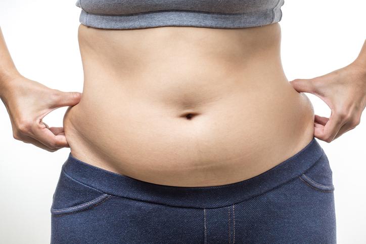 https: img.okezone.com content 2018 07 20 196 1924977 5-cara-hilangkan-lemak-di-perut-butuh-banyak-usaha-nih-Nqf6rsJKWD.jpg