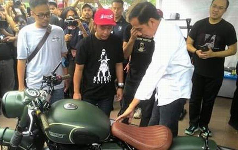 Otomotif Mail: Jokowi Hadiri Pameran Otomotif Tumplek Blek Di Kemayoran