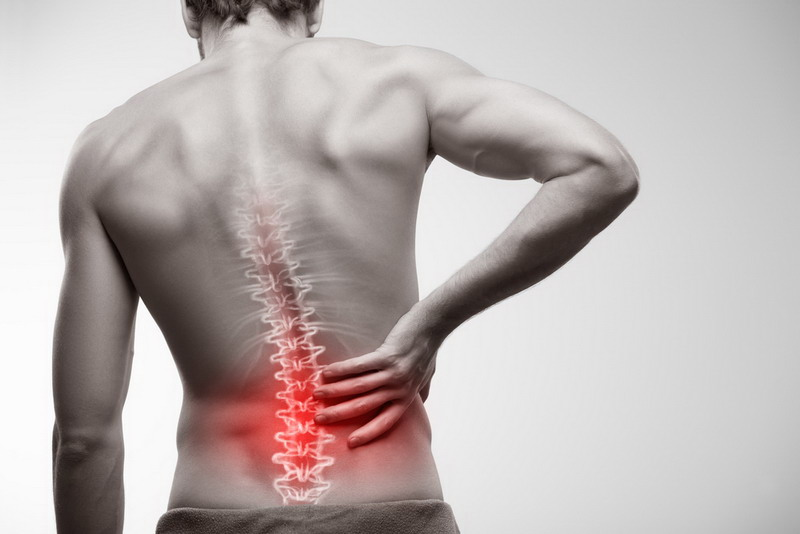 https: img.okezone.com content 2018 07 24 481 1926509 mengenal-penyebab-sakit-pinggang-dan-macam-macam-obatnya-MeAiTlUgS6.jpg