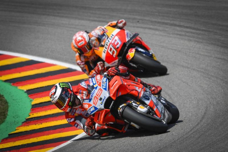 Manajer Honda Yakin Lorenzo Miliki Peluang Kalahkan Marquez Di