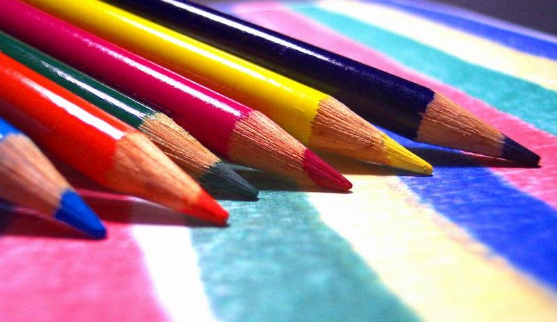 https: img.okezone.com content 2018 08 06 196 1932668 tips-memilih-alat-tulis-terbaik-untuk-anak-tk-zqgVRpPNHt.jpg