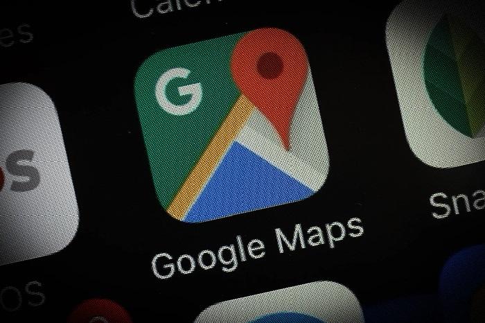 https: img.okezone.com content 2018 08 06 207 1932545 google-maps-bisa-beri-tahu-kondisi-baterai-teman-zgWEhSUGi3.jpg