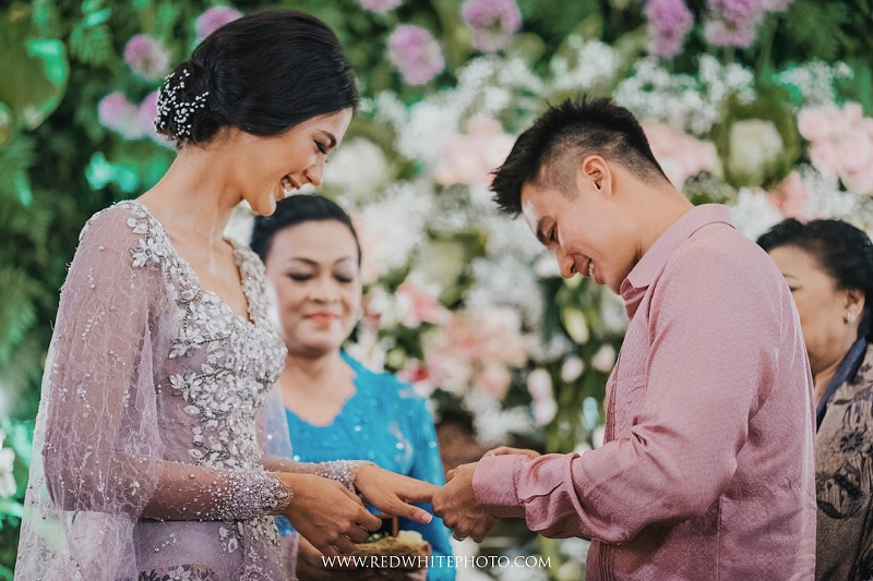 https: img.okezone.com content 2018 08 07 33 1933007 intip-elegannya-foto-prewedding-baim-wong-dan-paula-verhoeven-IZhObNlmpF.jpg