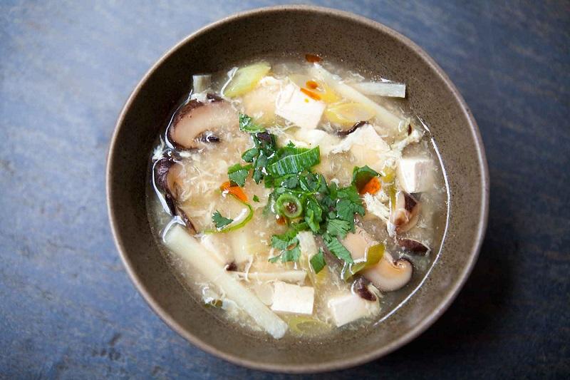 https: img.okezone.com content 2018 08 09 298 1934316 serba-jamur-2-rekomendasi-resep-untuk-menu-sarapan-spesial-GHXDQmqLQK.jpg