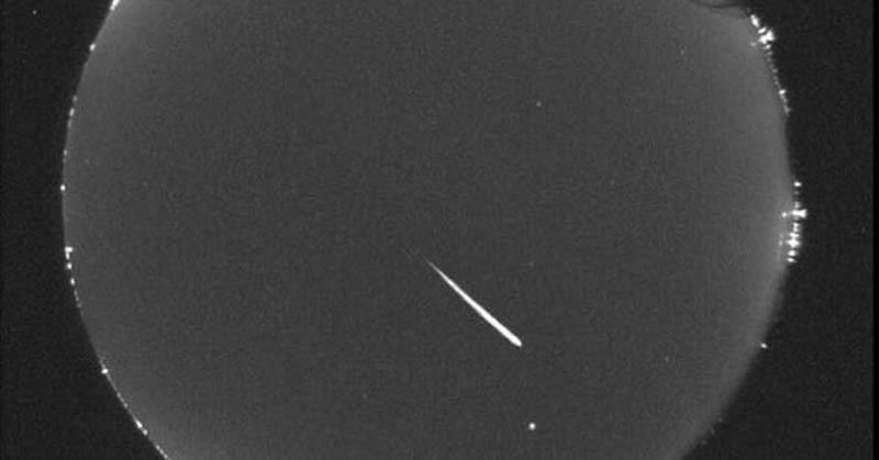 https: img.okezone.com content 2018 08 13 56 1935850 intip-foto-foto-hujan-meteor-perseid-2018-OgcPg5lT9t.jpg