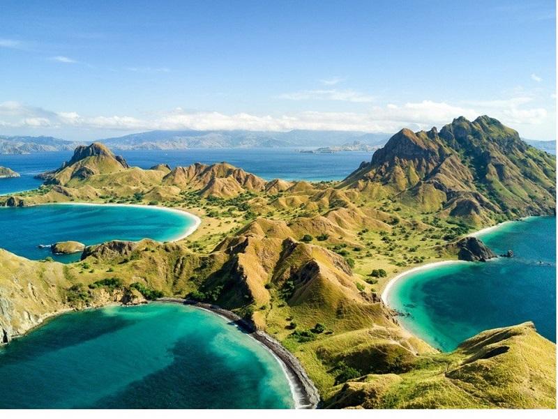 Hal inilah yang membuat pemerintah berkomitmen untuk mendorong sektor pariwisata dengan menyiapkan atraksi