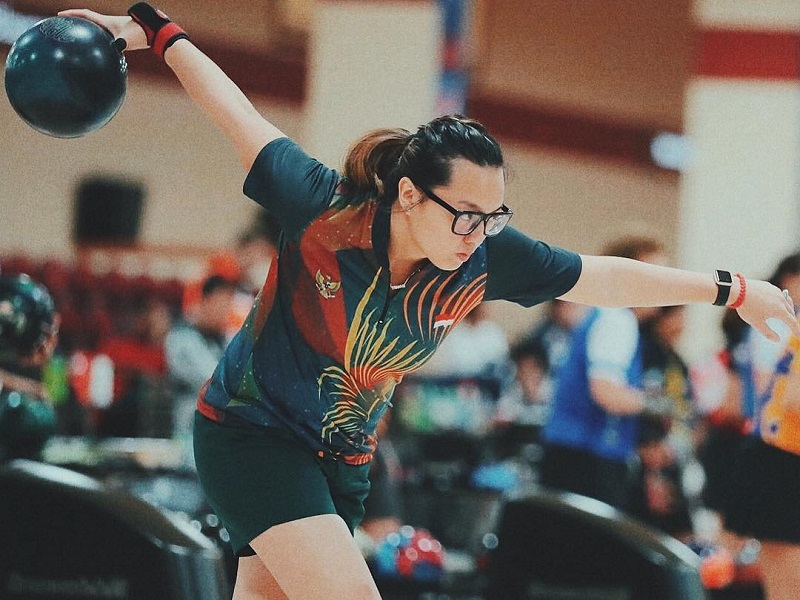 https: img.okezone.com content 2018 08 15 194 1936851 potret-cantik-tannya-roumimper-atlet-bowling-andalan-indonesia-raih-emas-asian-games-2018-rkvrfhqy1R.jpg
