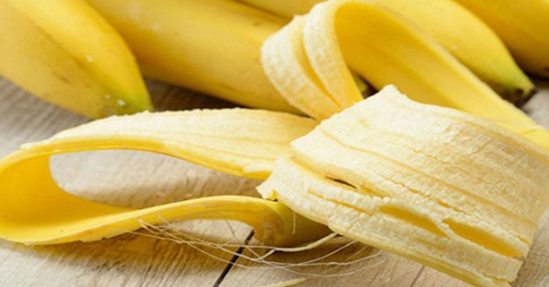 https: img.okezone.com content 2018 08 16 196 1937308 jangan-sepelekan-kulit-pisang-ini-5-khasiatnya-untuk-kecantikan-W7ulk5tDbA.jpg