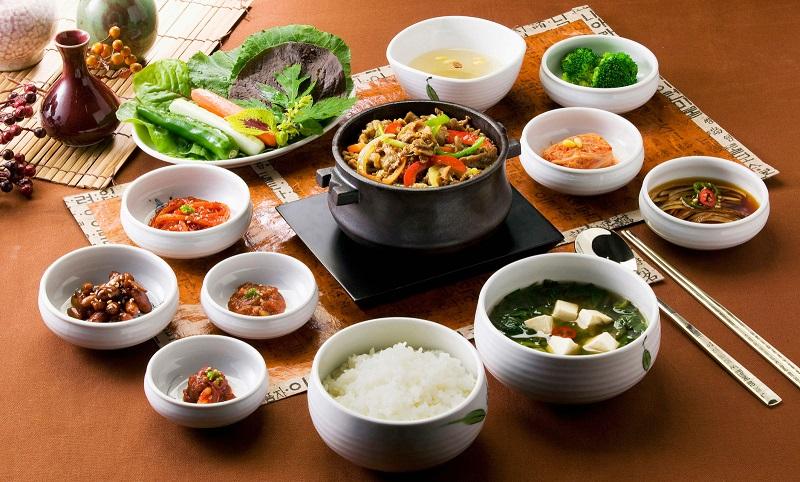 https: img.okezone.com content 2018 08 17 298 1937973 icip-icip-kuliner-korea-halal-di-lokasi-perhelatan-asian-games-2018-lhcxGTflcN.jpg