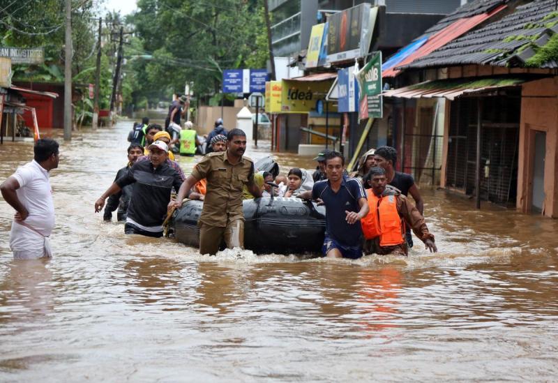 https: img.okezone.com content 2018 08 19 18 1938543 sedikitnya-357-orang-tewas-akibat-bencana-banjir-muson-india-sMdowGvO1n.jpg
