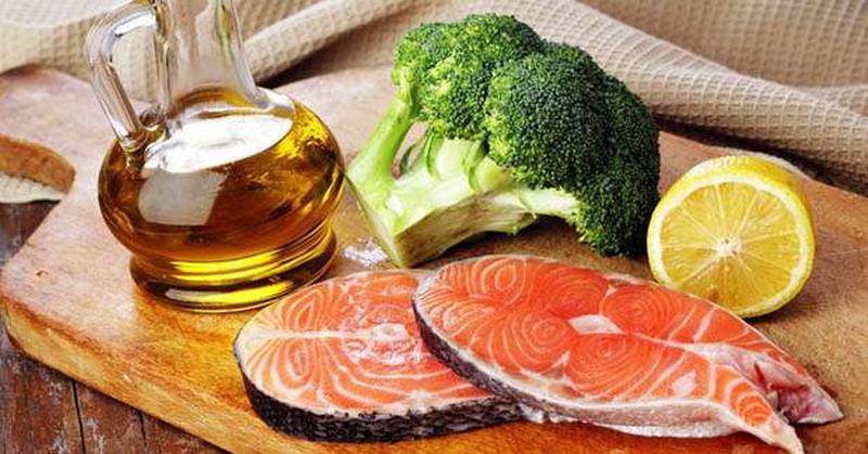 https: img.okezone.com content 2018 08 21 481 1939525 rajin-konsumsi-salmon-untuk-kesehatan-otak-bFNjXHxxRS.jpg
