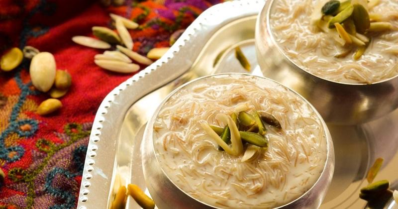 https: img.okezone.com content 2018 08 22 298 1940036 5-hidangan-khas-idul-adha-dari-berbagai-negara-banyak-kue-manis-manis-0EyKW9a5Hc.jpg