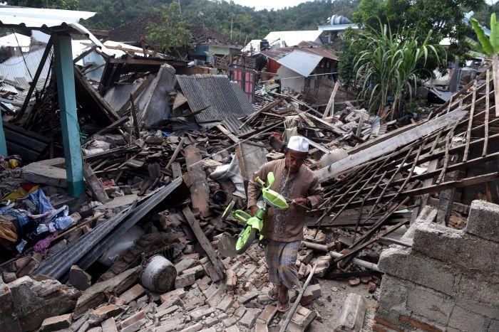 https: img.okezone.com content 2018 08 23 337 1940098 kpk-soroti-dana-bantuan-untuk-korban-gempa-lombok-fPhFjM2jcx.jpg
