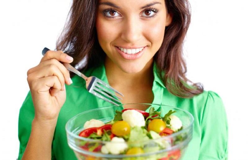 https: img.okezone.com content 2018 08 23 481 1940516 kolesterol-melonjak-usai-pesta-daging-kurban-ini-tips-alami-menurunkannya-9e9kw5KmkP.jpg