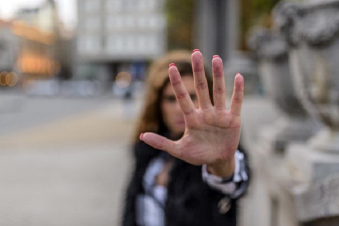 https: img.okezone.com content 2018 08 24 196 1941035 catatan-kasus-terparah-pelecehan-perempuan-dan-anak-di-lokasi-gempa-lombok-mAEhRPijMI.jpg