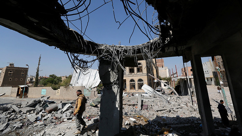 https: img.okezone.com content 2018 08 28 18 1942602 pbb-serangan-udara-koalisi-saudi-di-yaman-kemungkinan-termasuk-kejahatan-perang-OezDSfsspA.jpg