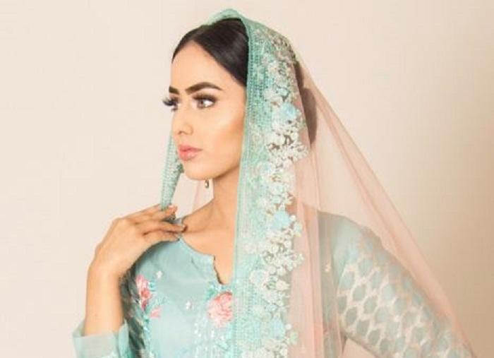 https: img.okezone.com content 2018 09 03 194 1945449 kenalkan-sara-iftekhar-finalis-berhijab-pertama-di-ajang-miss-england-2018-0uVZEU9AvX.jpg
