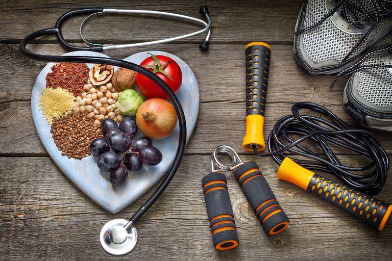 https: img.okezone.com content 2018 09 11 481 1949149 waspada-kolesterol-tinggi-di-usia-muda-bisa-perpendek-umur-mx8ExyO8h1.jpg