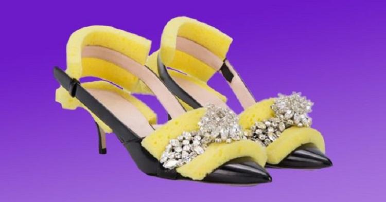 https: img.okezone.com content 2018 09 20 194 1953262 sepatu-stiletto-dari-spons-cuci-piring-dijual-rp13-jutaan-dan-langsung-sold-out-fnwiBUSHAz.jpg