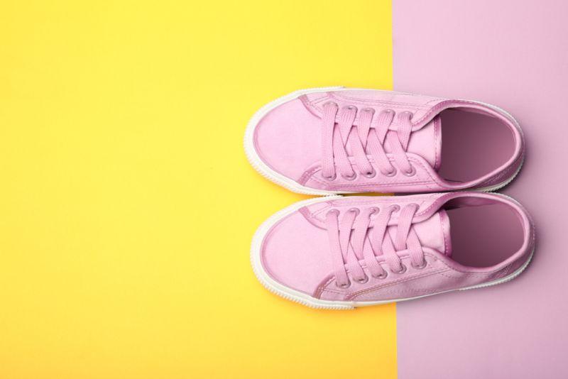 https: img.okezone.com content 2018 09 24 194 1955097 bingung-mau-beli-sepatu-untuk-anak-coba-simak-5-tips-dari-agatha-suci-aja-hUXAYaqoSZ.jpg