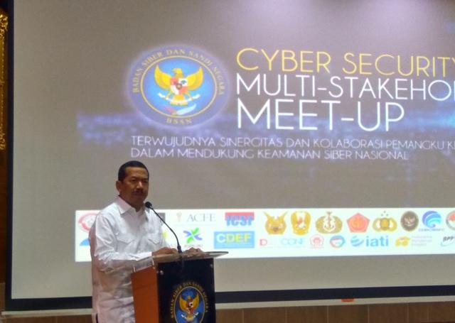 https: img.okezone.com content 2018 09 24 337 1954908 hadapi-ancaman-dunia-maya-bssn-kumpulkan-komunitas-keamanan-siber-iT0bW5UQtU.jpg