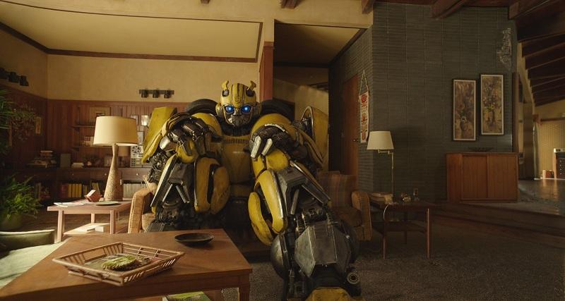 https: img.okezone.com content 2018 09 25 206 1955106 trailer-baru-bumblebee-tampilkan-desain-usang-para-transformers-lTqst3PNyc.jpg