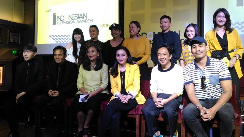 https: img.okezone.com content 2018 09 25 598 1955343 indonesian-television-awards-2018-segera-digelar-begini-cara-votingnya-37RdhbcnBD.jpg