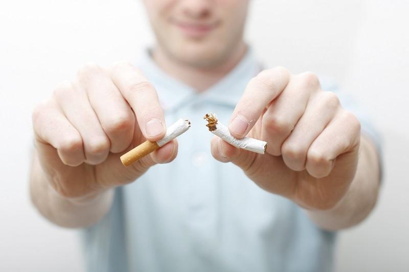 https: img.okezone.com content 2018 09 26 481 1955711 luangkan-waktu-30-menit-setiap-hari-untuk-coba-trik-ampuh-berhenti-merokok-ini-eUdYANFdUU.jpg
