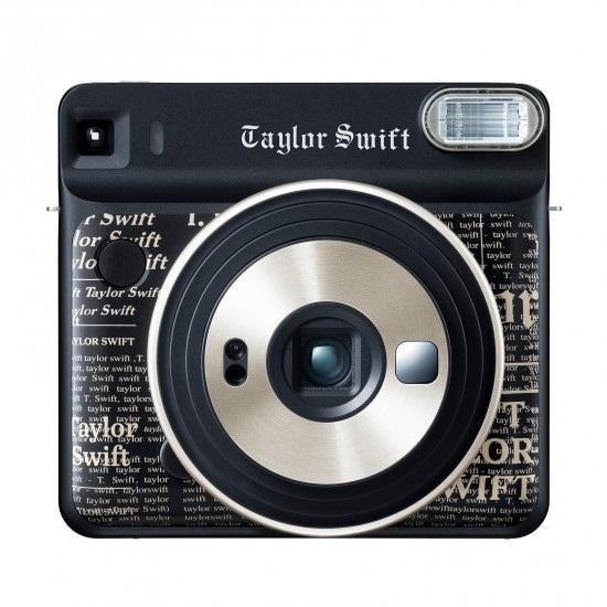 https: img.okezone.com content 2018 09 28 57 1956779 ini-wujud-kamera-instax-square-sq6-rancangan-taylor-swift-rETEV5rVyz.jpg