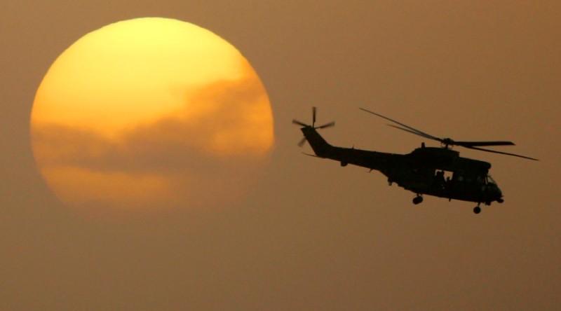 https: img.okezone.com content 2018 09 29 320 1957306 ri-kekurangan-pilot-helikopter-uOZbOWYqX6.jpg