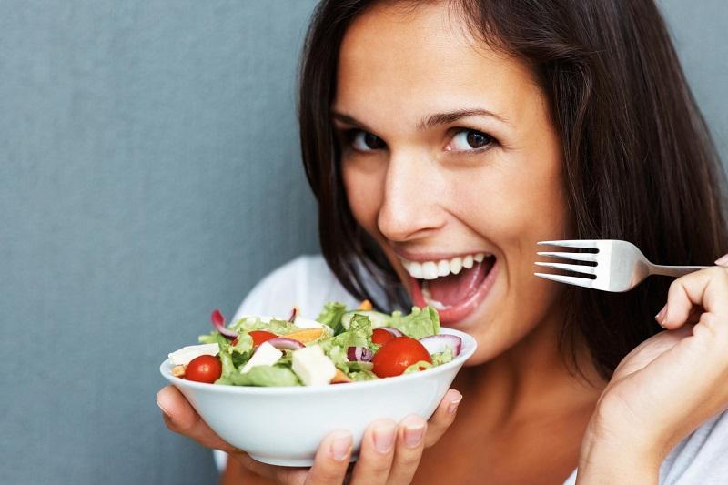 https: img.okezone.com content 2018 10 02 481 1958481 5-alasan-mengapa-pola-makan-vegetarian-lebih-sehat-dibanding-pemakan-daging-fO9KGccbmw.jpg