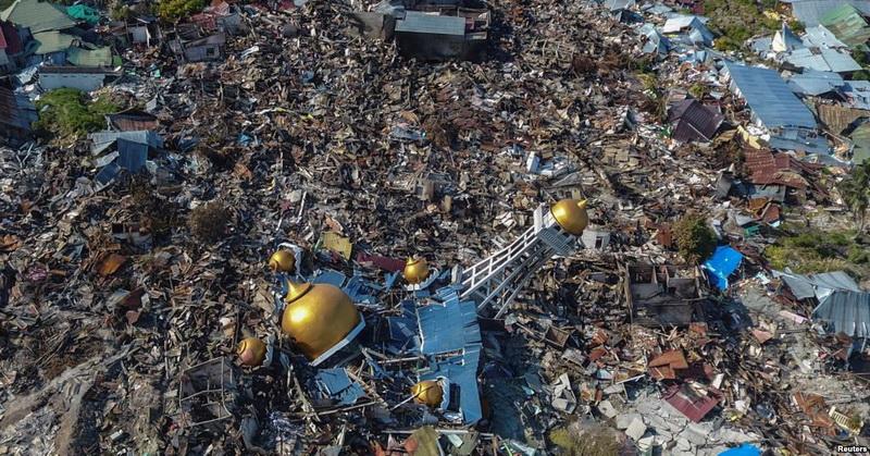 https: img.okezone.com content 2018 10 02 56 1958766 peneliti-jelaskan-3-faktor-penyebab-tsunami-mematikan-di-palu-jUcz1Tl755.jpg