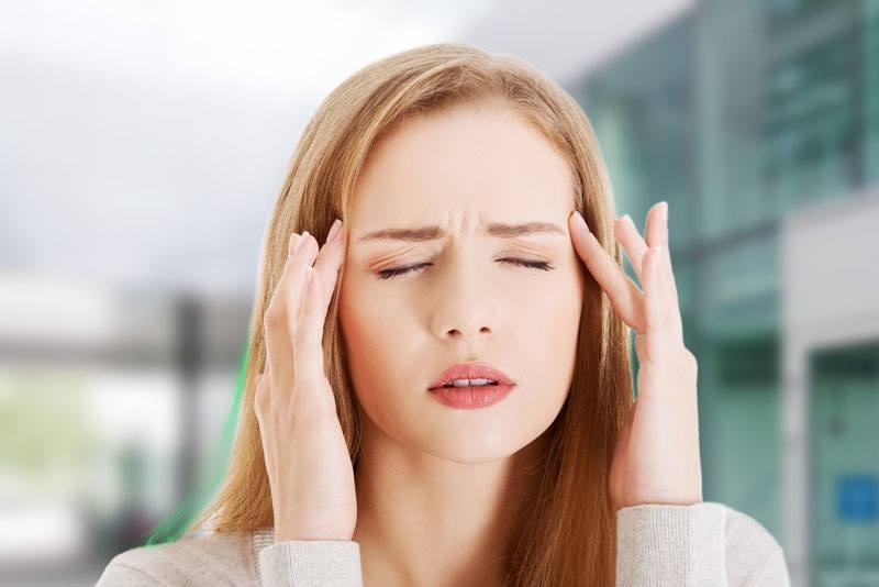https: img.okezone.com content 2018 10 03 481 1959068 enggak-perlu-minum-obat-pijatan-pada-5-titik-di-tubuh-ini-meredakan-sakit-kepala-OoEDublrMV.jpg