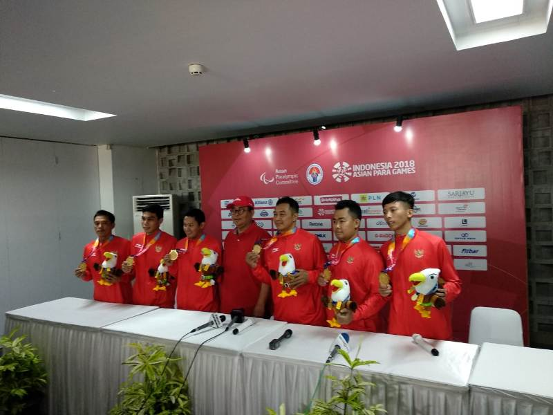 https: img.okezone.com content 2018 10 09 43 1961826 update-perolehan-medali-indonesia-di-hari-ke-4-asian-para-games-2018-ZF70JNHf5R.jpeg