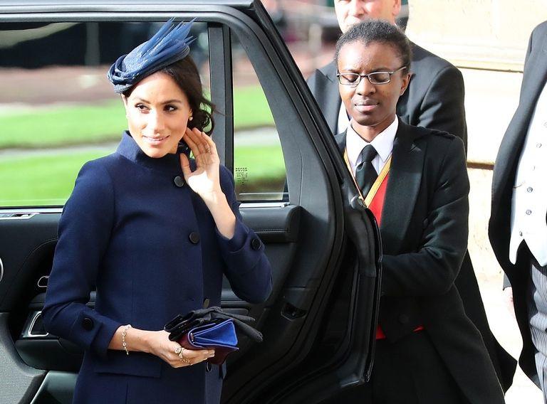 https: img.okezone.com content 2018 10 12 194 1963319 hadiri-royal-wedding-putri-eugenie-meghan-markle-setia-kenakan-dress-rancangan-givenchy-3FD7XQfI6S.jpg