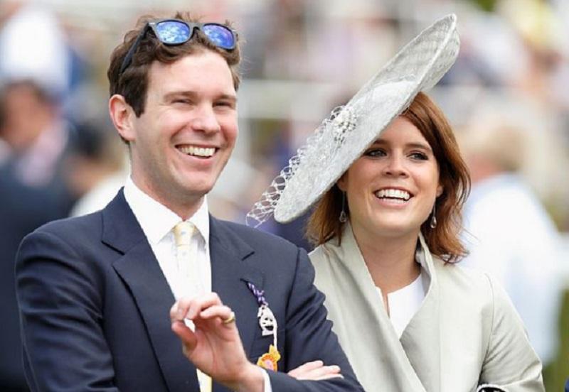 https: img.okezone.com content 2018 10 12 196 1963241 naomi-campbell-hingga-mantan-kekasih-pangeran-harry-hadiri-royal-wedding-putri-eugenie-bwhkoKnmAd.jpg
