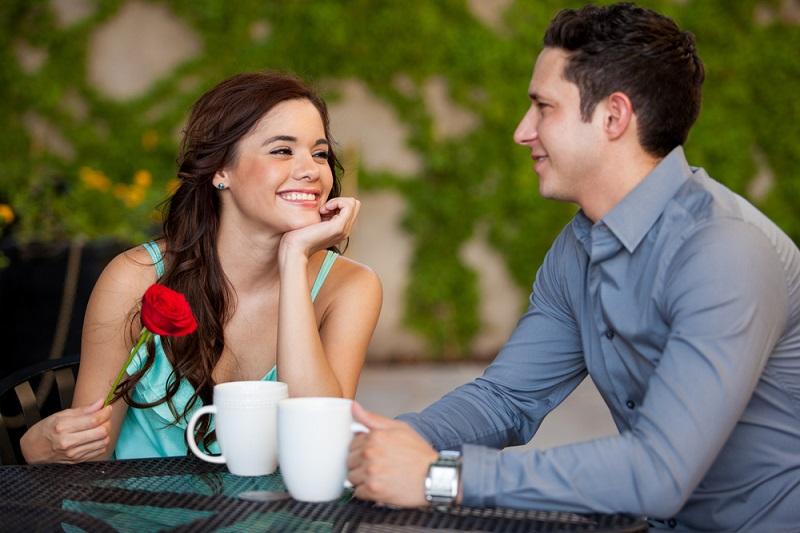 https: img.okezone.com content 2018 10 12 298 1963150 ingin-dinner-di-rumah-ini-menu-spesial-dan-romantis-yang-bisa-kamu-sajikan-qq9zxzYEA8.jpg