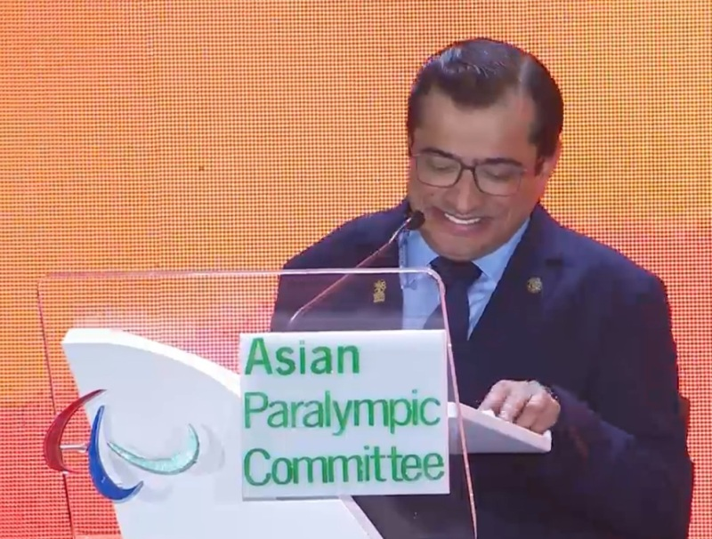 https: img.okezone.com content 2018 10 13 43 1963681 presiden-apc-berpantun-di-penutupan-asian-para-games-2018-11QIHUyssC.jpg