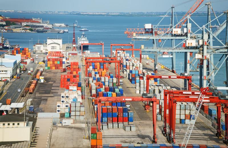 https: img.okezone.com content 2018 10 17 320 1965133 perlu-terobosan-kebijakan-ekspor-impor-demi-jaga-neraca-perdagangan-6kSL0JcxSI.jpeg