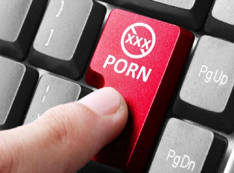 https: img.okezone.com content 2018 10 18 481 1965662 peneliti-as-diberi-rp367-juta-oleh-pornhub-untuk-meneliti-dampak-pornografi-pada-otak-DtpZQuNJSK.jpg